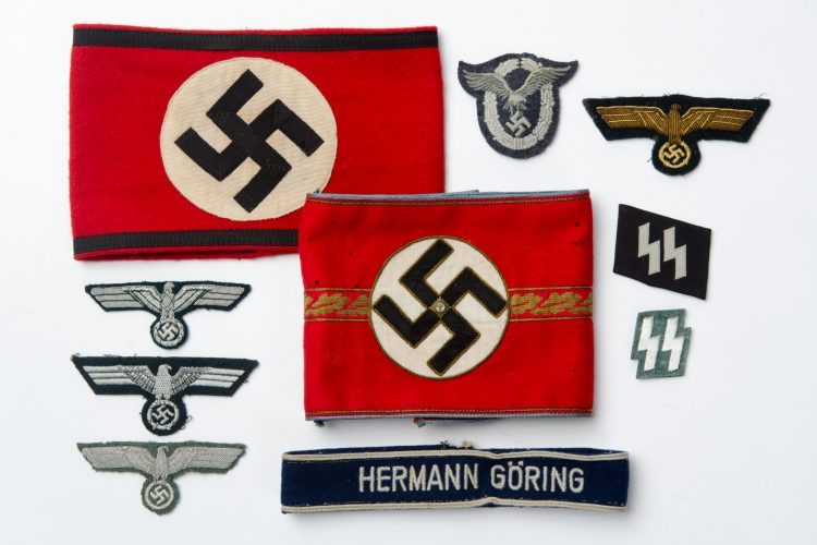 Cloth & Insignia
