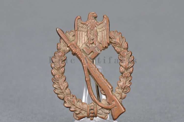 Infantry Assault Badge in CUPAL