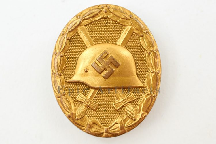 Tombak Gold Wound Badge