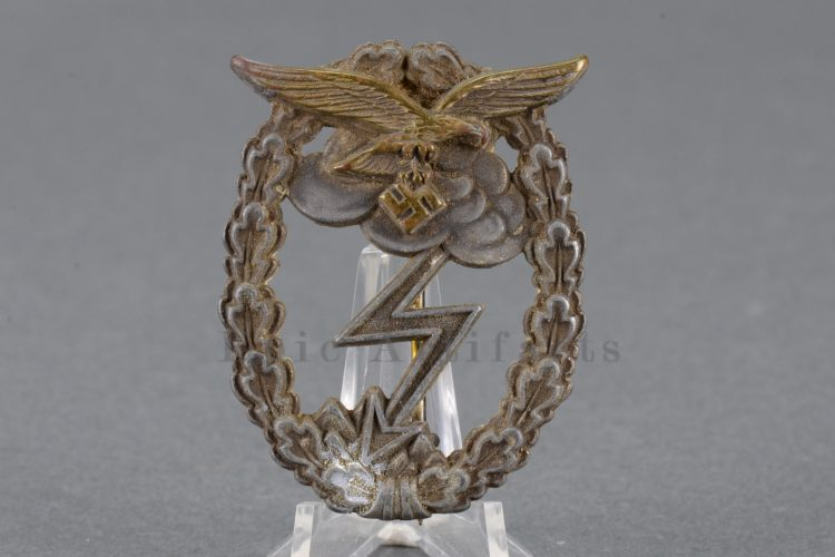 worn Luftwaffe ground assault badge