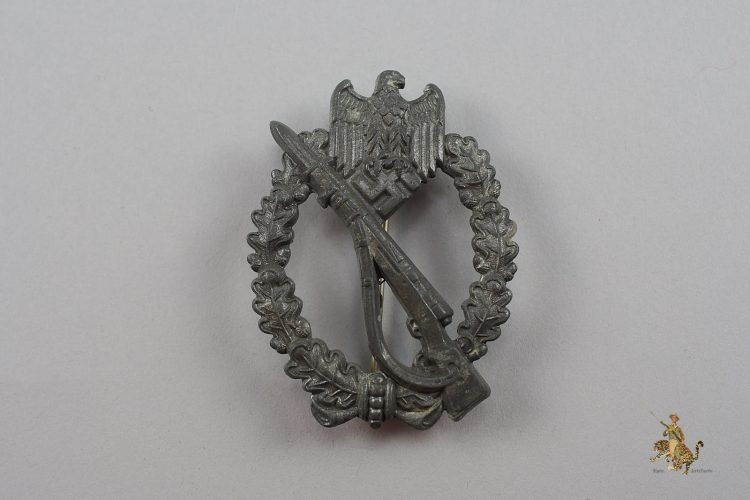 Infantry Assault Badge in Silver by FLL