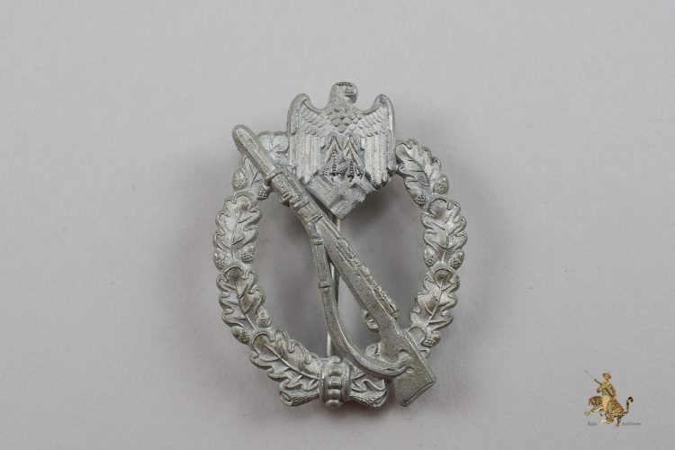 Infantry Assault Badge in Silver by Assman