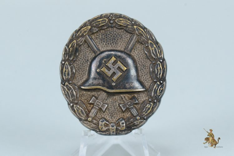 Hohlverbödet 1936 Pattern Silver Wound Badge