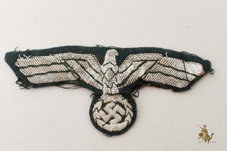 Heer Bullion Breast Eagle