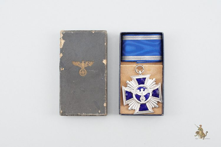 """Cased 15 year NSDAP Medal; Marked """"2"""""""