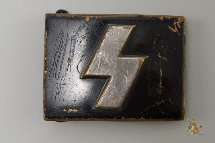 Painted Brass DJ Buckle