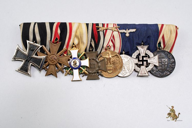 Eight Place Medal Bar