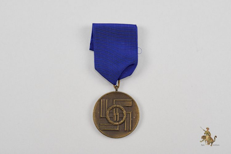 SS 8 Year Long Service Medal