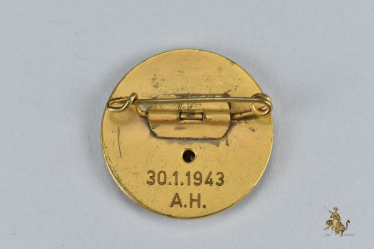 Adolf Hitler Presentation Golden Party Badge