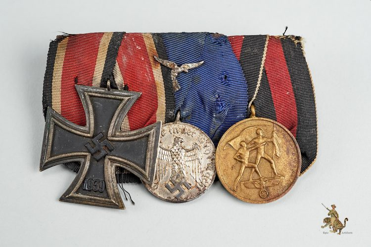 Three Place WW2 Medal Bar